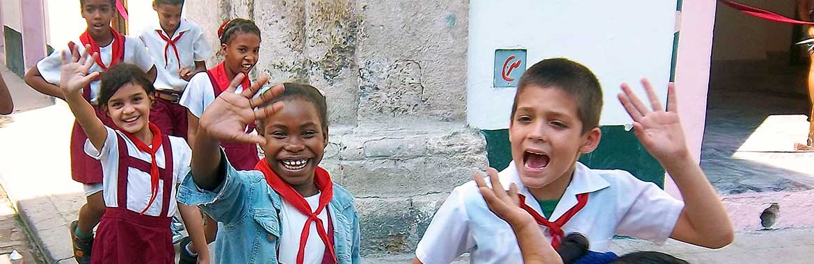 Grade school kids in Plaza Vieja [Old Square] in Havana.